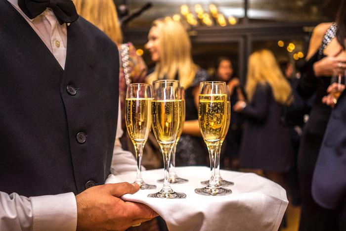 Things to consider when renting a yacht for a corporate event